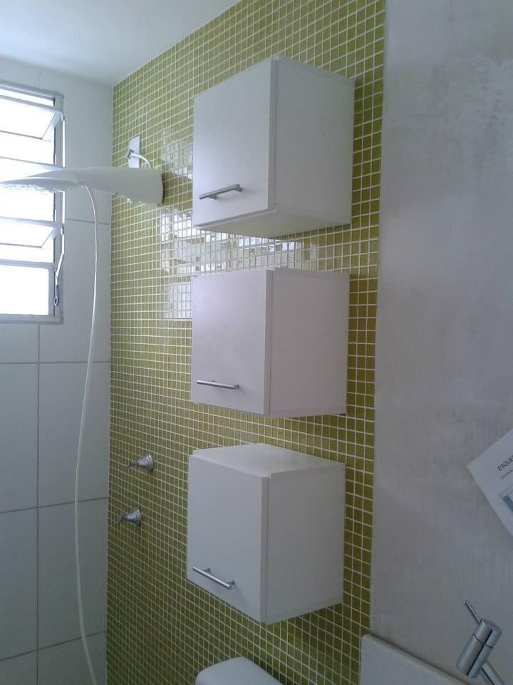 Armário Nicho Para Banheiros Porta Toalhas 30x30x15 Branco  R$ 99,99 em Merc -> Armario De Banheiro De Parede