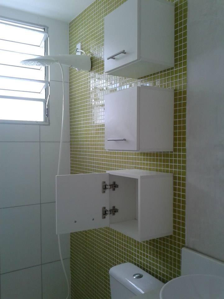 Armário Nicho Toalheiro Decorativo Mdf 30x30x15cm Porta  R$ 69,90 em Mercado -> Nichos Mdf Banheiro