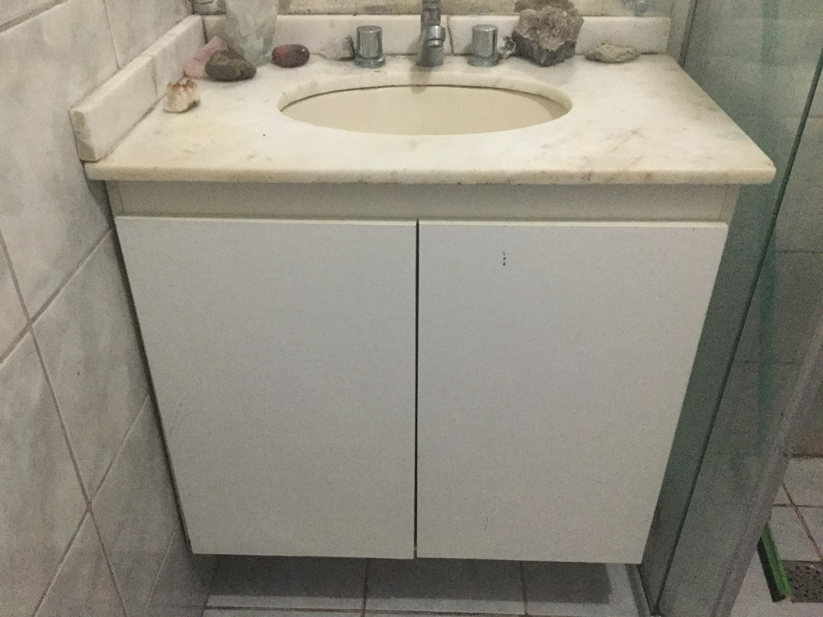 Armário Para Banheiro Com Pia Em Mármore Branco R$ 600 00 em  #837348 1200 900