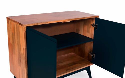 armário preto madeira 2 portas pés palito buffet aparador