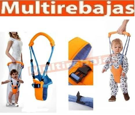 arnés para que su niño aprenda a caminar