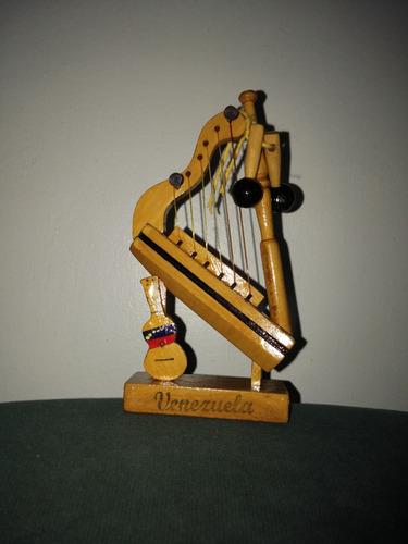 arpa cuatro y maraca mini, escolar artesanía