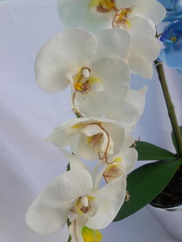 arranjo de orquídeas azul e branca artificiais de silicone