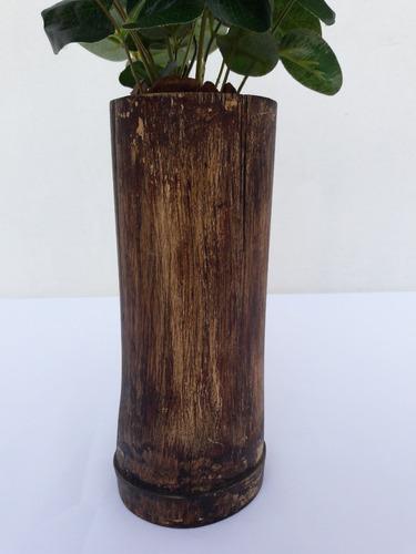 arranjo folha de eucalipto artificial para decorar sua mesa