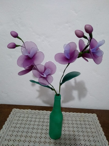 arranjo orquídea artesanal  branco e violeta