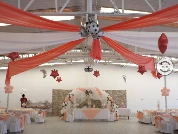 Arreglo de eventos decoraci n con globos y telas 1 000 for Decoracion en telas y globos para 15 anos