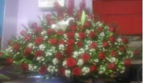 Arreglo De Flores Ramo De Rosas Mod Abanico 90 Cm Florería