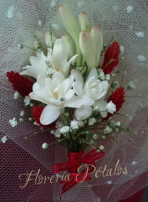 Arreglo Floral Boutonnière O Prendedor De Solapa Novio
