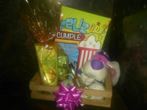 arreglos con globos, dulces, golosinas, tortas, regalos