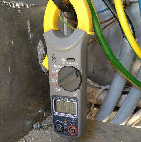 arreglos de electricidad...reparación tareas de mantenimient