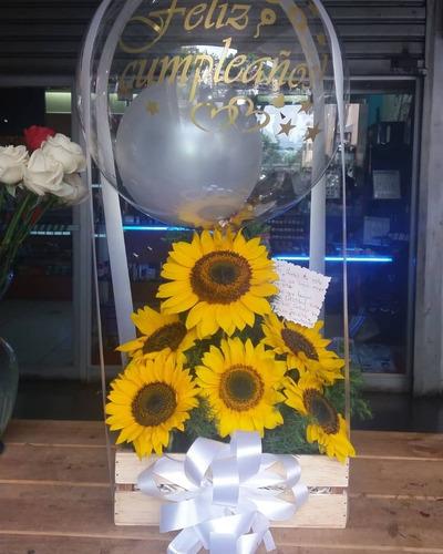 arreglos de flores y globos