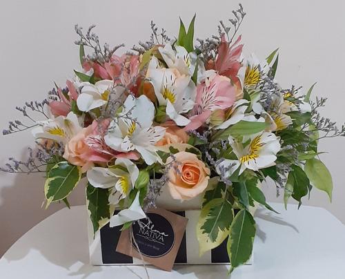 arreglos florales, centros de mesa y ramos de flores natural