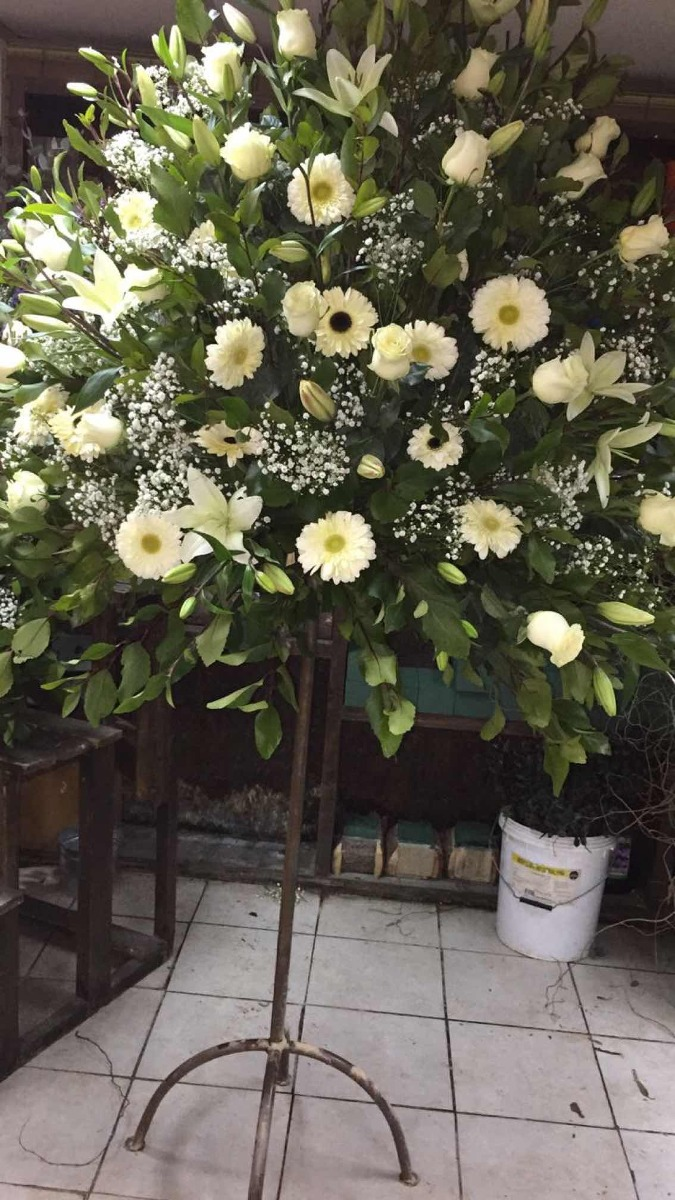Arreglos Florales Grandes Para Iglesias Flores Para Iglesia