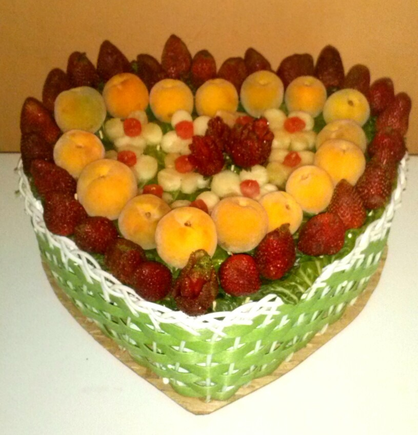 Arreglos o decoraciones con frutas desayunos sorpresas for Secar frutas para decoracion