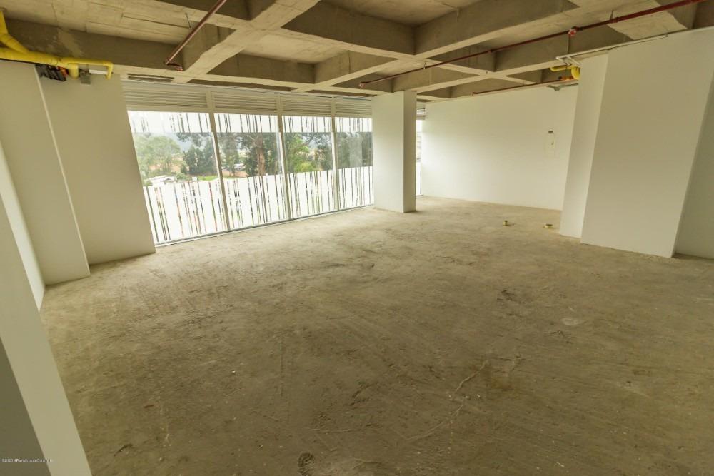 arriend comoda oficina en vereda bojaca en chia mls 20-1103