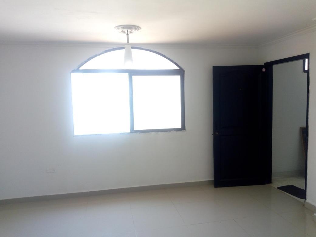 arriendo apartamento 2 hab, (cll.69#45)