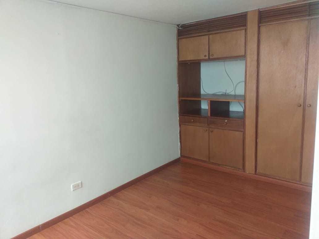 arriendo apartamento 3 habitaciones, sala, comedor, baño