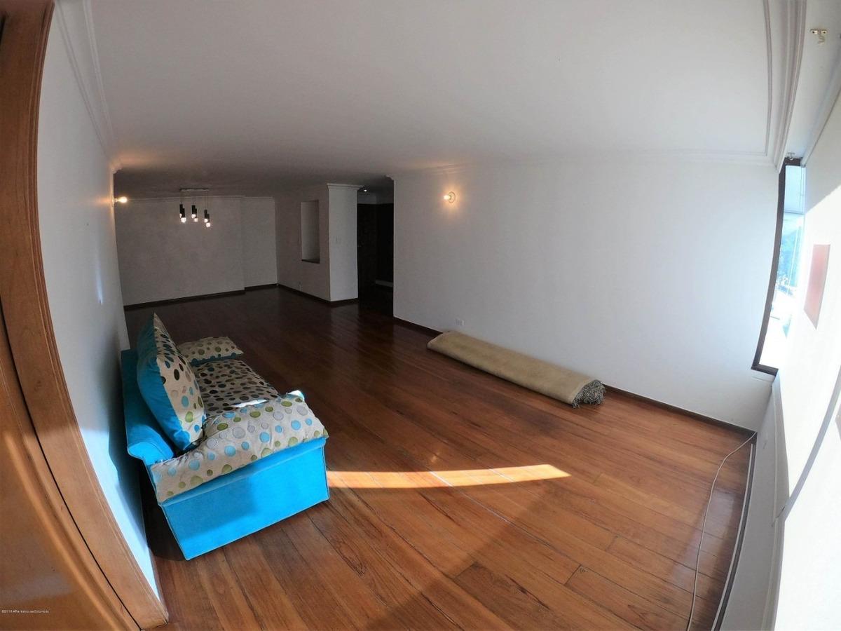 arriendo apartamento en altos del chico mls 20-398 fr