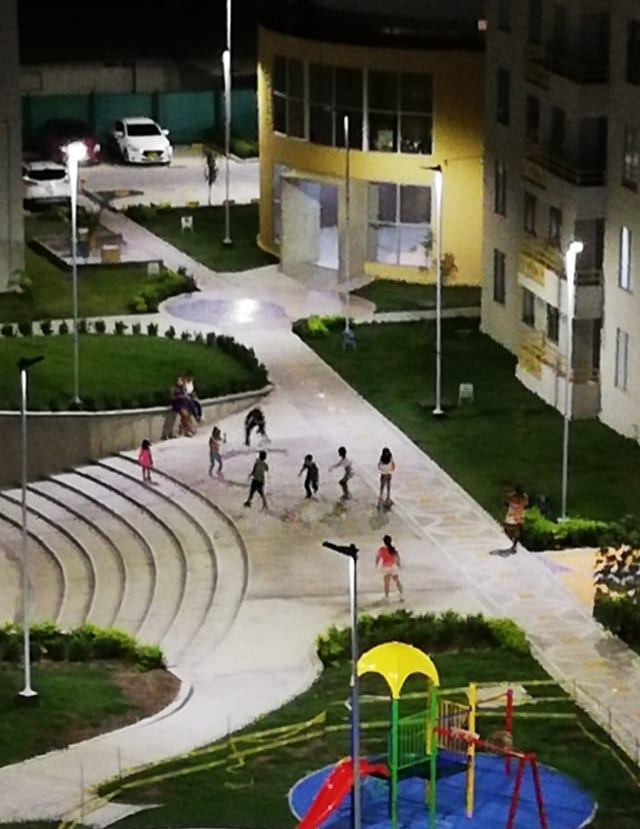 arriendo apartamento  ipanema con parqueadero privado