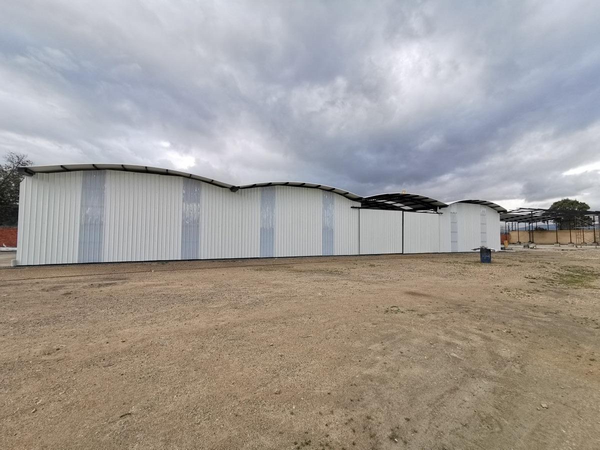 arriendo bodega con oficinas vía siberia cota, 5000 m2