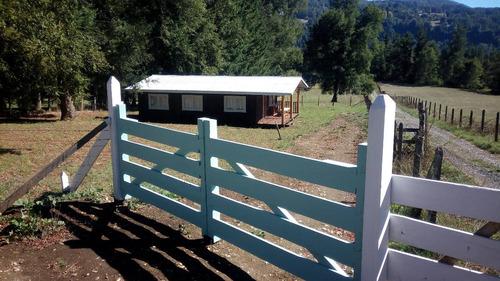 arriendo cabaña grande y nueva en pucon (camino a termas)