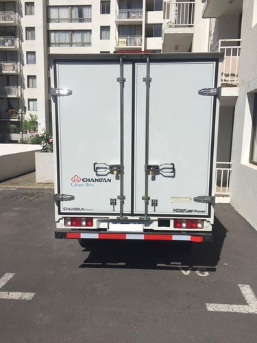 arriendo camion changan cargo box