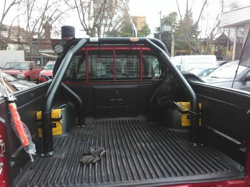 arriendo camioneta minera 4 x 4 .  $ 50.000 neto por dia
