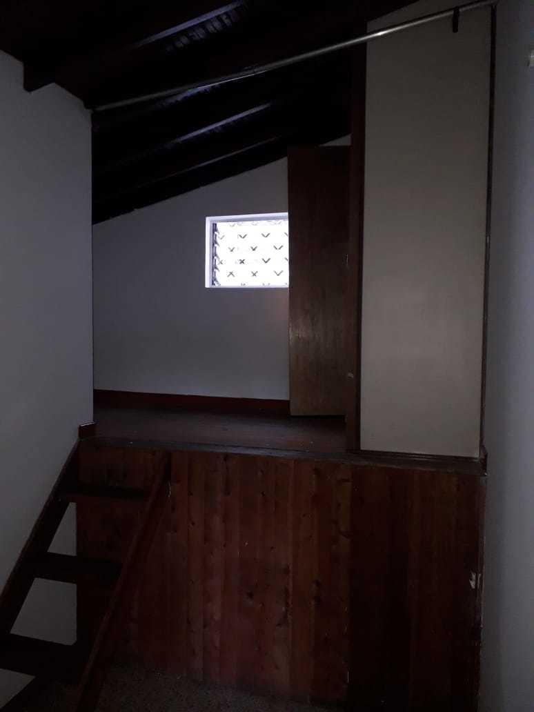 arriendo casa 3 de pisos 4 alcobas 4 baños garaje  locales