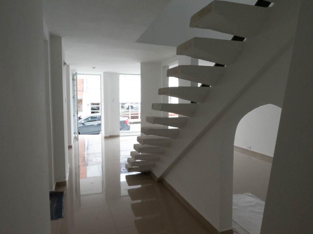 arriendo casa armenia- avenida bolivar- norte