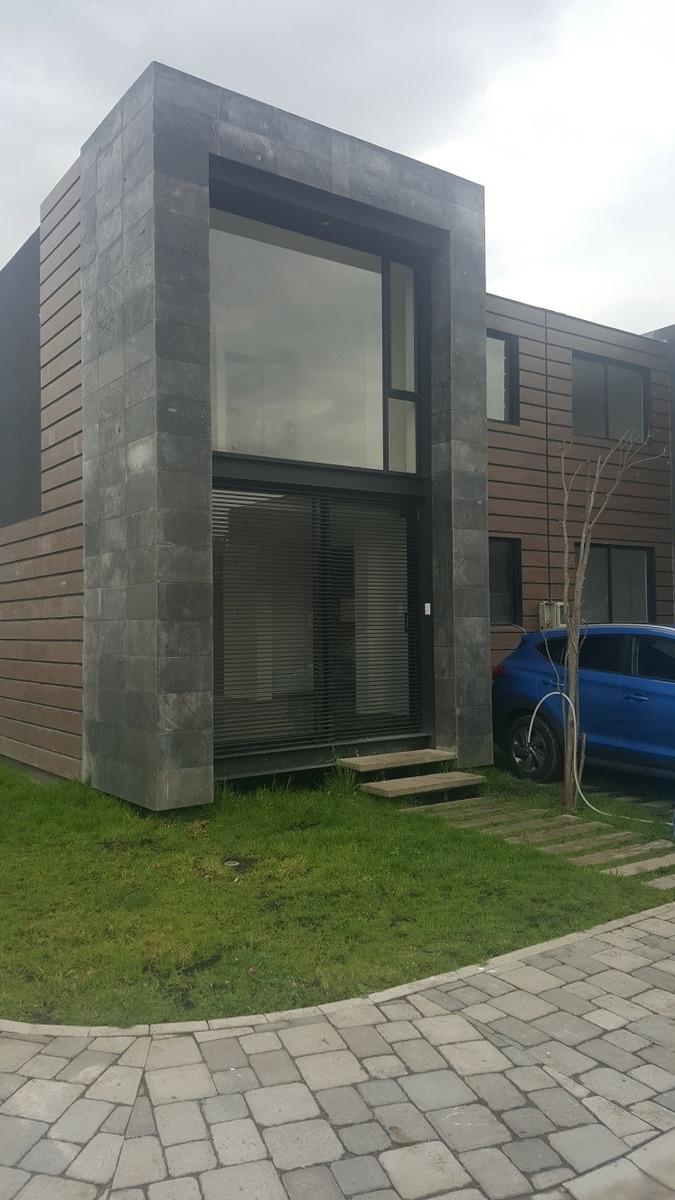 arriendo casa de dos dormitorios en conjunto privado