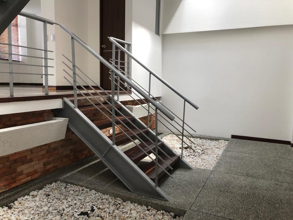 arriendo casa moderna - avenida 19