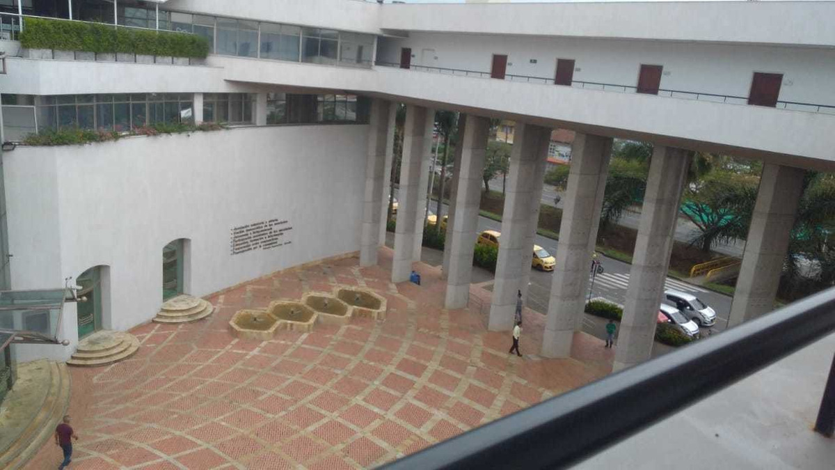 arriendo consultorio.sede nacional coomeva