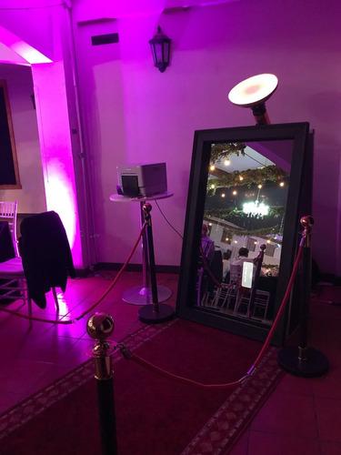 arriendo de cabinas fotográficas iluminadas / espejo mágico