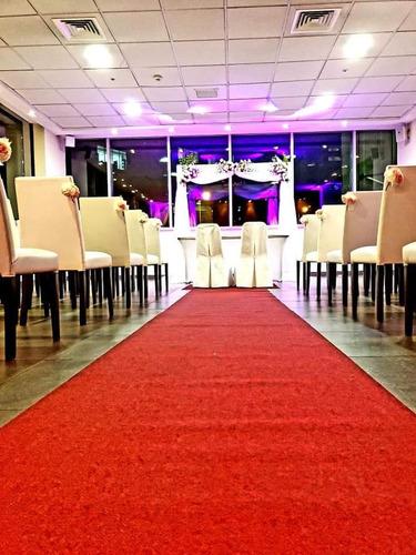 arriendo de pasillo de alfombra roja y arco para eventos