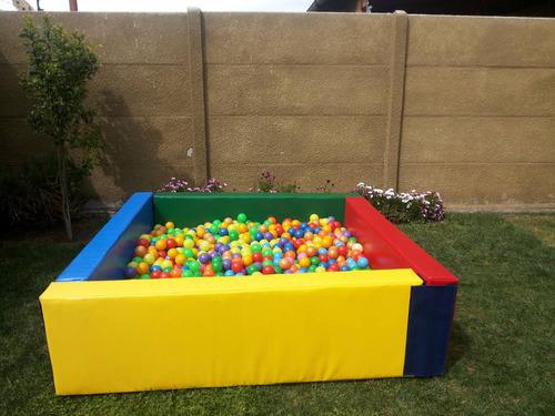 arriendo de piscinas con pelotas 100% acolchada!!