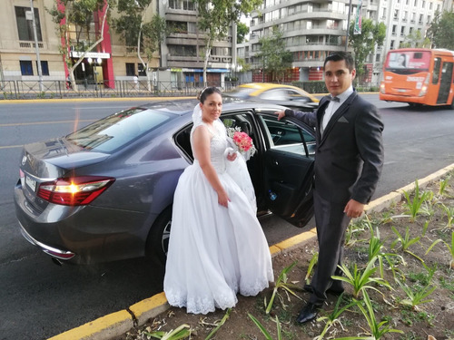 arriendo de vehiculo para matrimonio