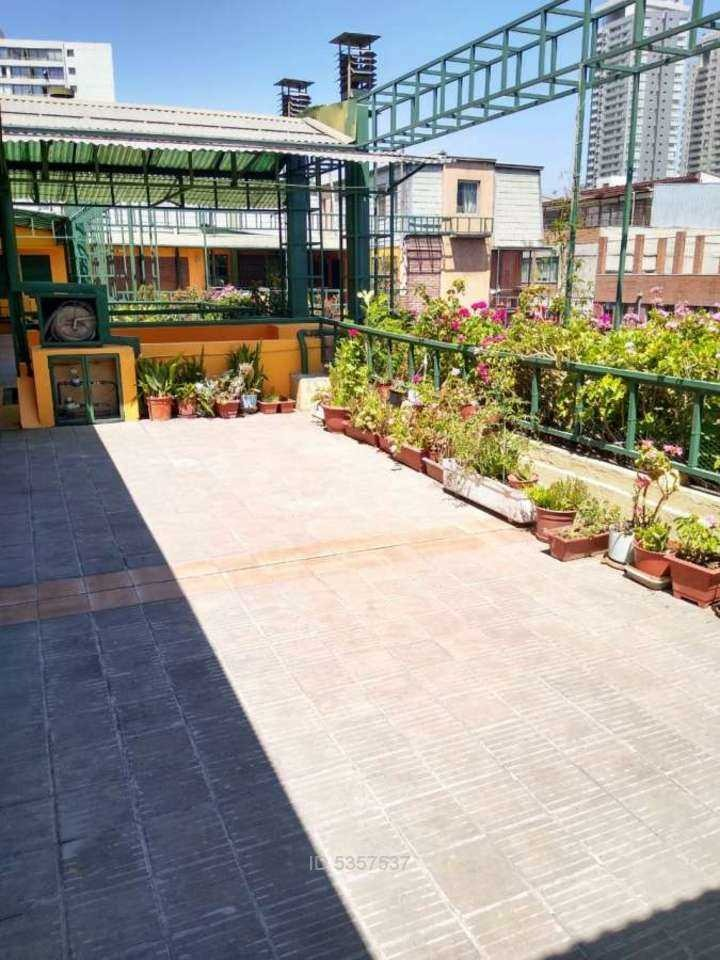 arriendo depto 2hab+1baño+terraza metro