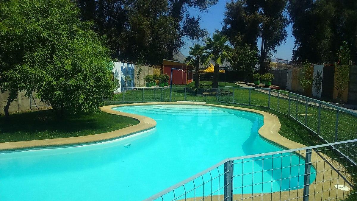 Arriendo hermosa parcela con piscina quinchos ba os en for Alberca para 8 personas