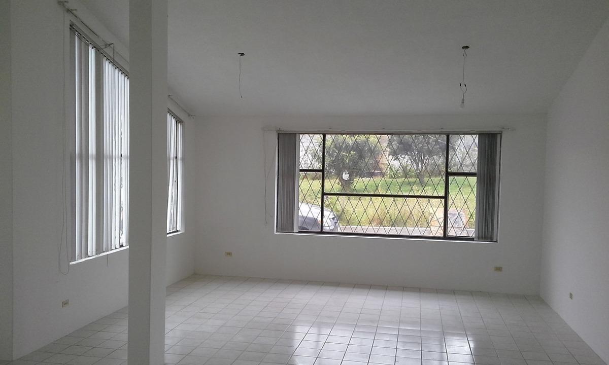 arriendo hermosa propiedad en forma parcial o total.