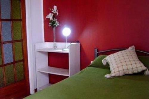 arriendo hermosas habitaciones hostal reloj de flores