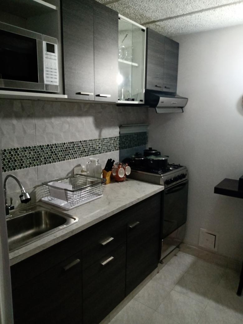 arriendo hermoso apto duplex,remodelado,3 habitaciones,2baño