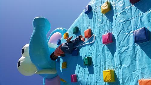 arriendo inflable muro escalar+push premium