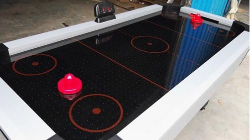 arriendo juegos inflables, mesa de jockey y camas elásticas