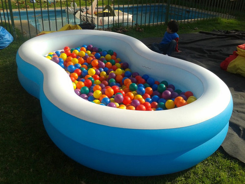 arriendo juegos inflables piscina con pelotitas sillas mesas