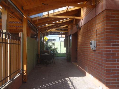 arriendo linda y acogedora casa - villa el abrazo - maipu