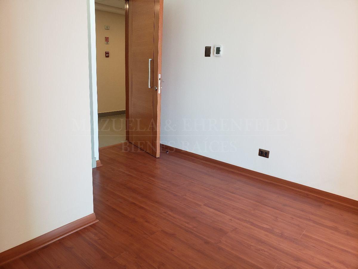 arriendo oficina nueva a estrenar, ideal para consulta médica