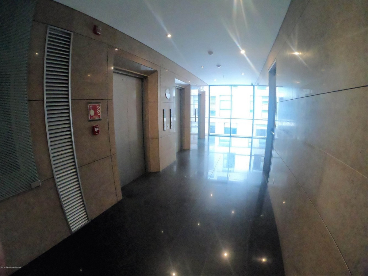 arriendo oficinas integradas chico norte mls #19-850 fr