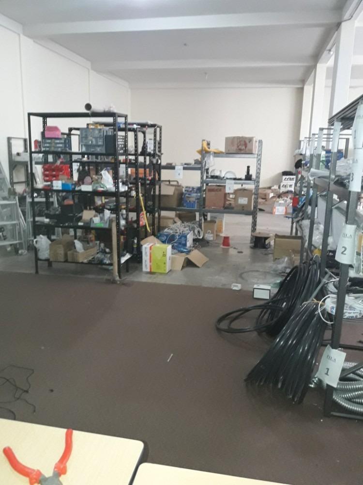 arriendo oficinas y bodega para empresa grande