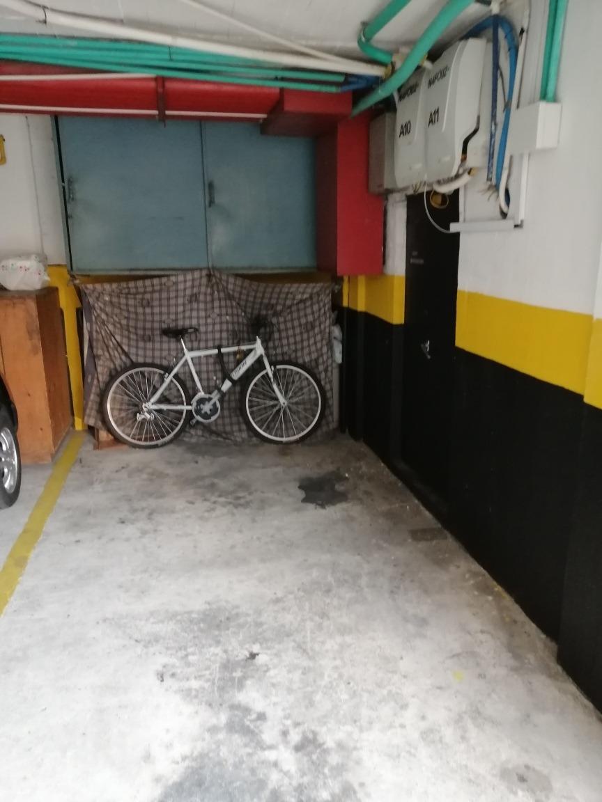 arriendo parqueadero cubierto