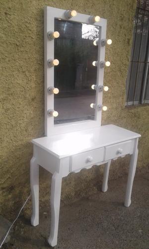 arrimo con 10 luces estilo hollywood mirror